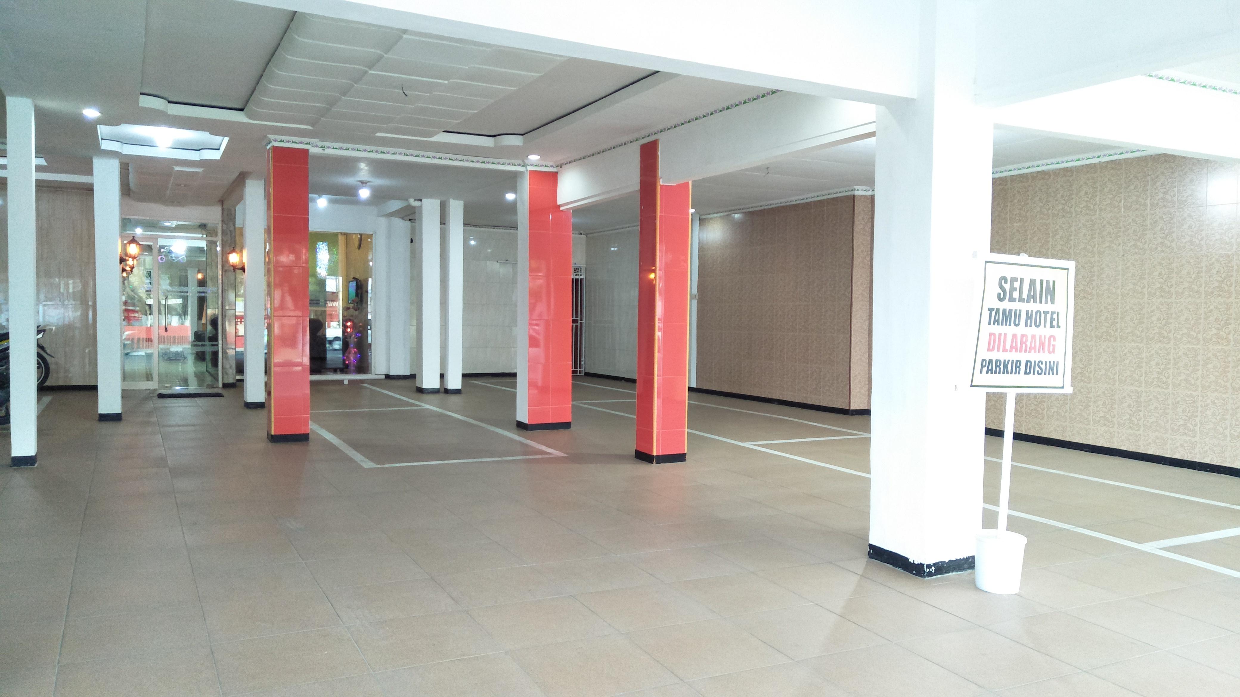 Parkir Area 1